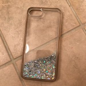 Accessories - iPhone 5/5S moving glitter phone case